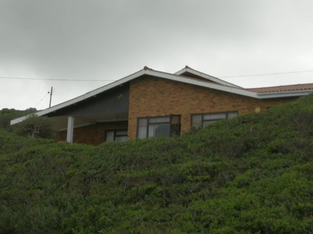 Beachfront to rent in Little Brak River, Garden Route, South Africa