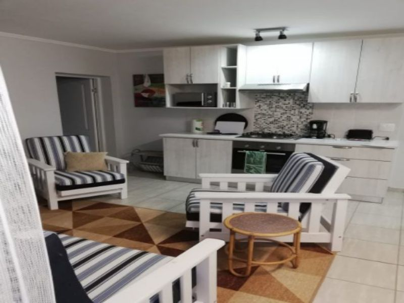 Holiday Rentals & Accommodation - Garden Apartment - South Africa - Eden  - Little Brak River